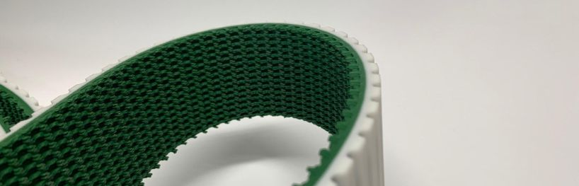 Timing belt with coating supergrip green